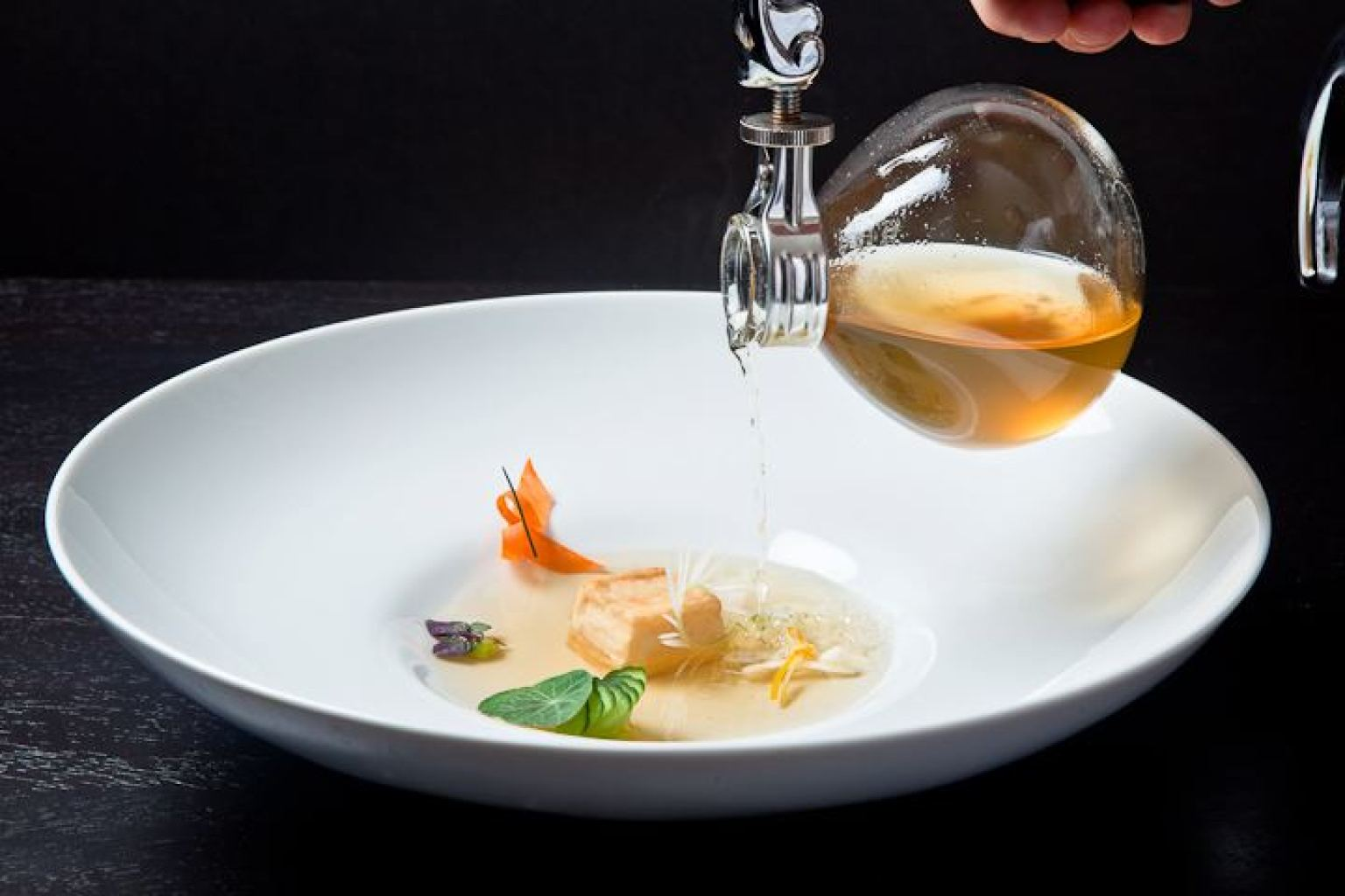 Molecular gastronomy the best in the u s huffpost for Cuisine alinea