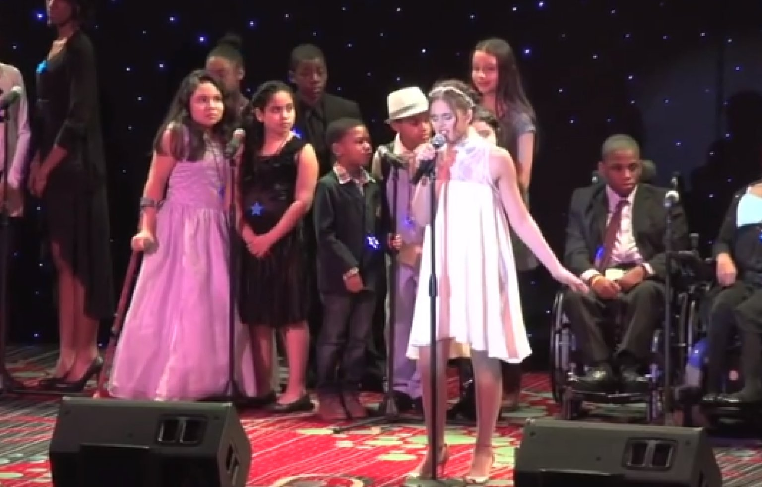 Carly Rose Sonenclar Starlight Children's Foundation: 'X ...