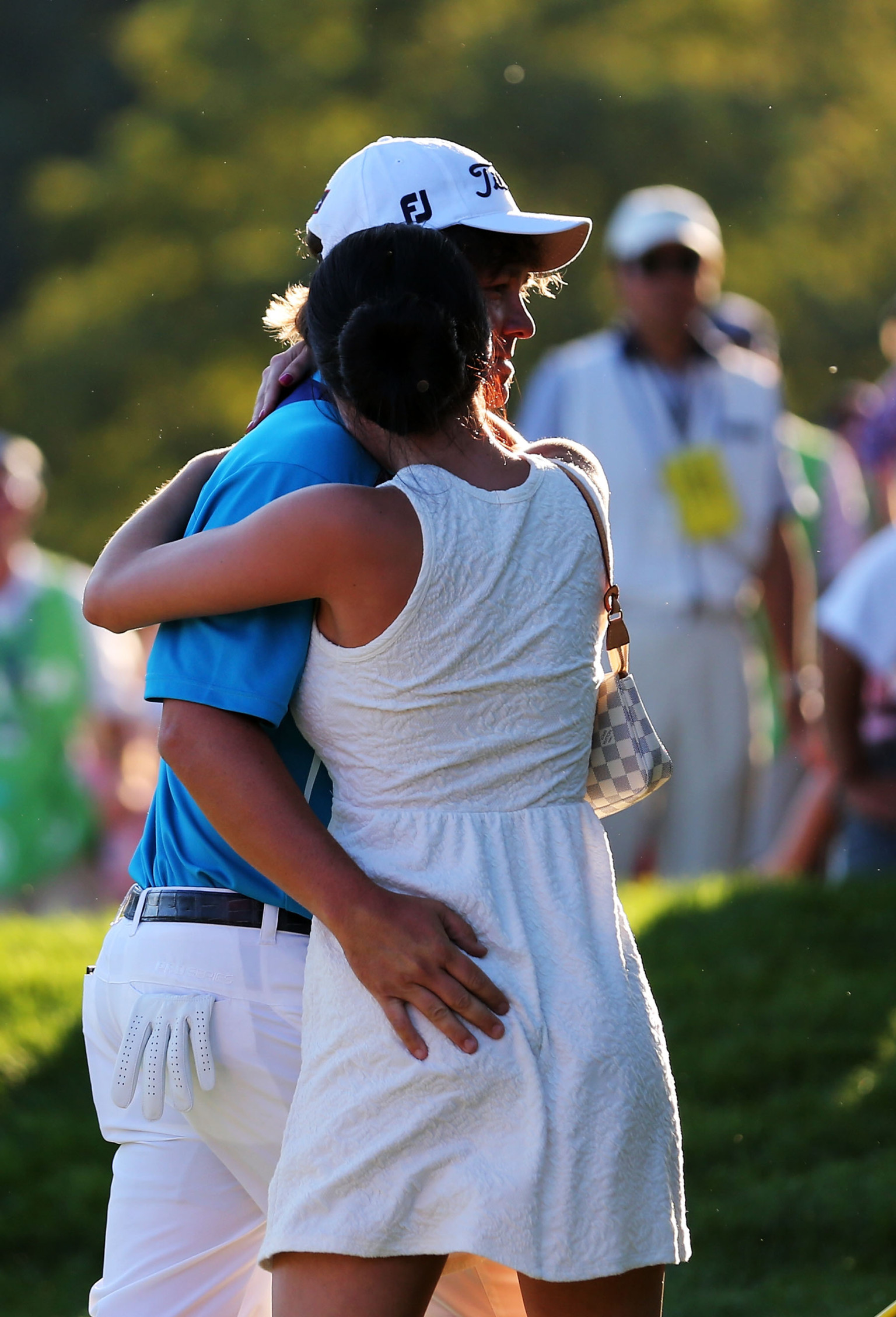Jason Dufner Taps Wife Amanda On Butt Gets Copenhagen After PGA Championship VIDEO GIF PHOTOS