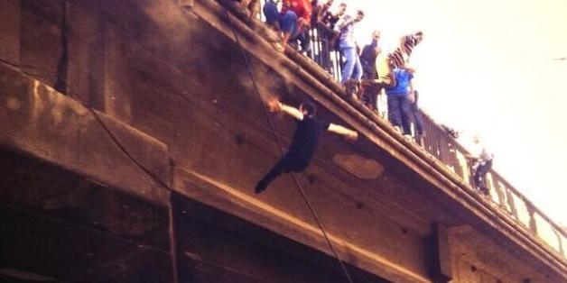 People Reportedly Jumping Falling Off Cairo Bridge To