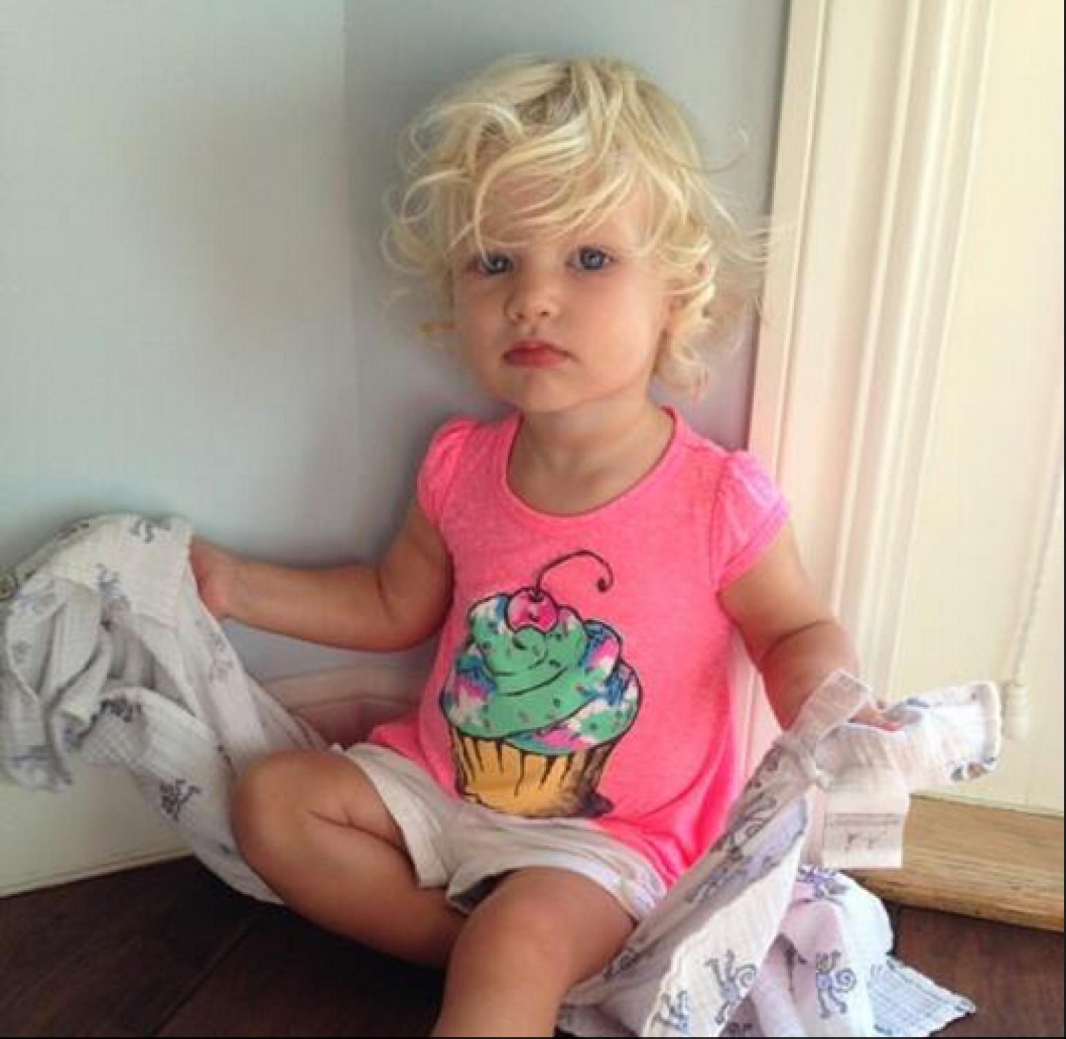Фото маленькую девочку 5 фотография