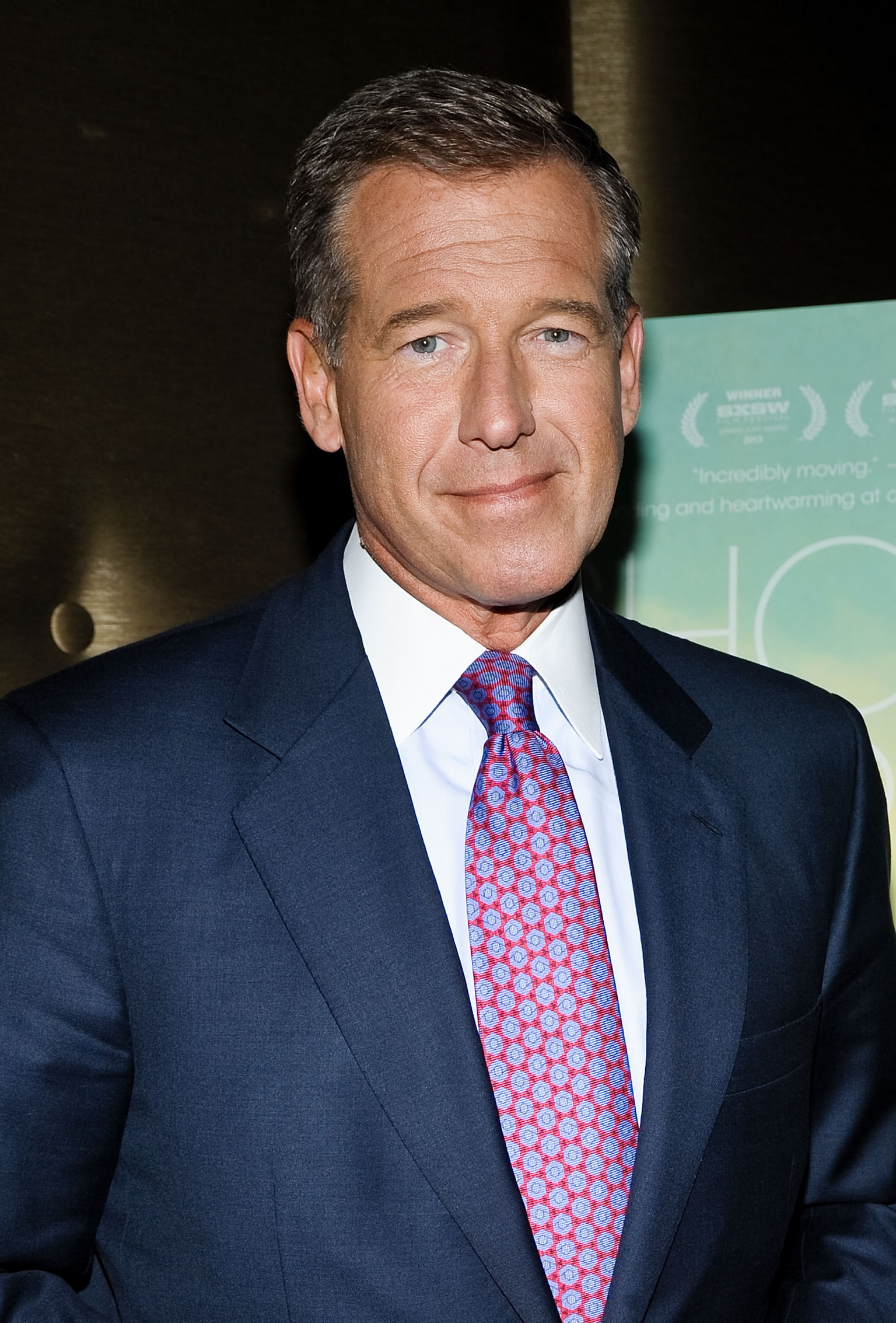 brian williams updates viewers on knee replacement surgery huffpost. Black Bedroom Furniture Sets. Home Design Ideas