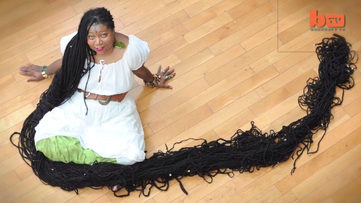World's Longest Dreadlocks Held By Asha Mandela, 'The Black Rapunzel ...