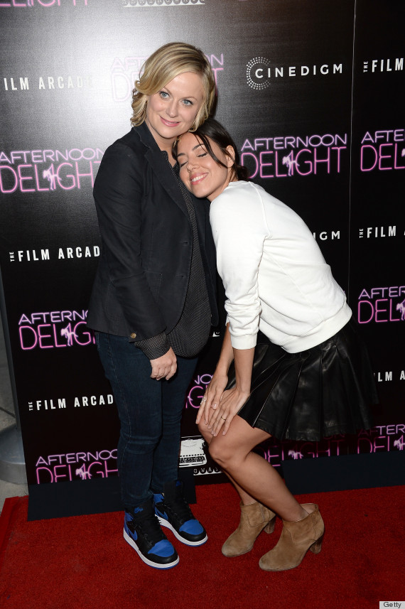 Are amy poehler and aubrey plaza really dating
