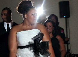 UGH: Plus-Size Bride Wrapped In <em>Elastic Band</em> To Try On Gowns