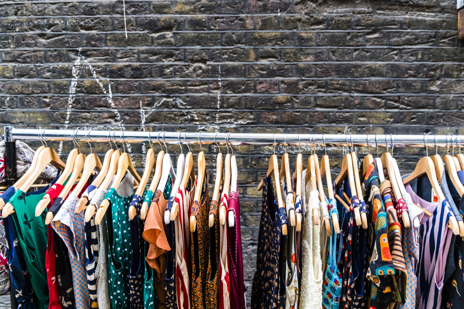 what is vintage clothes jpg 853x1280
