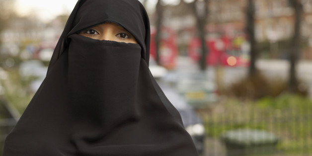 Muslim Woman Told To Remove Burka In Court, Because Judge