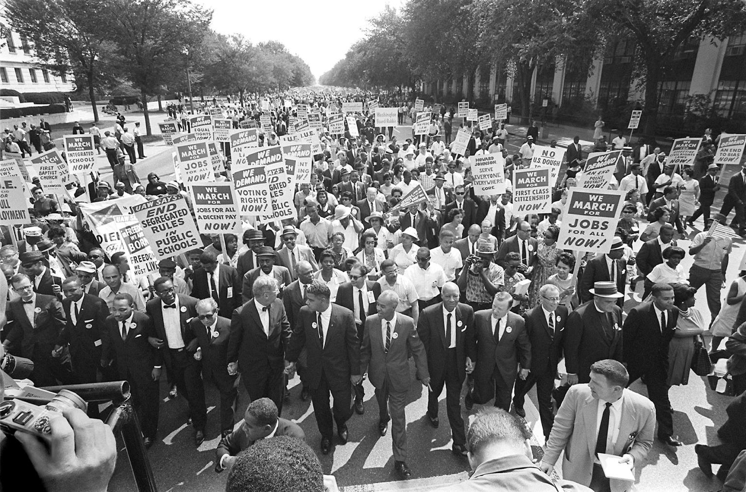 the civil rights movements and accomplishments of martin luther king jr Powerpoint slideshow about 'civil rights movement: martin luther king jr'  contributions and accomplishments  the civil rights movements.