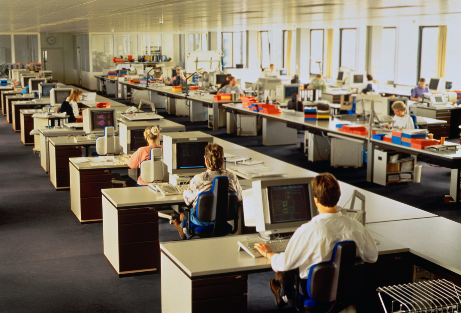 Open plan offices detrimental to worker productivity for Office design productivity