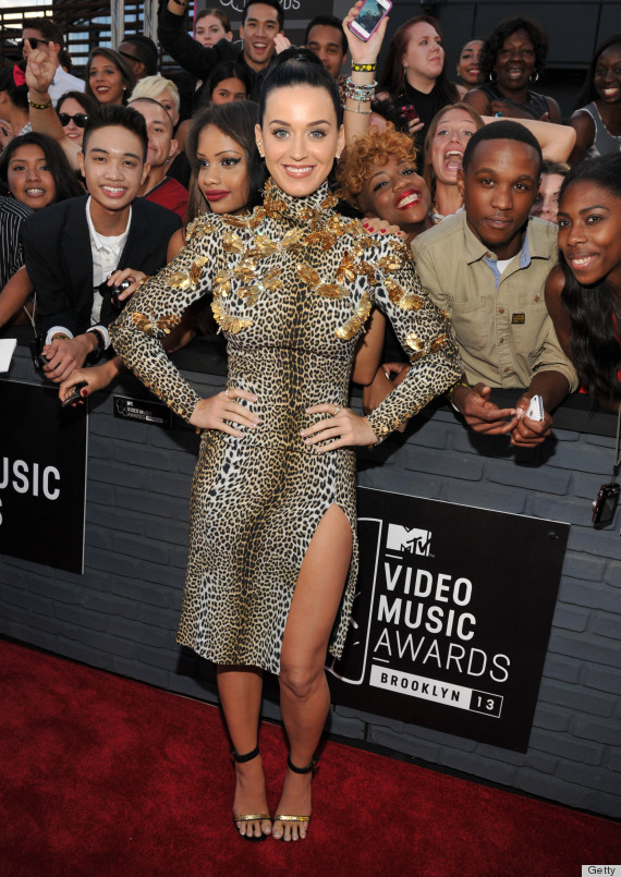 See all the stars on the 2013 VMA red carpet: