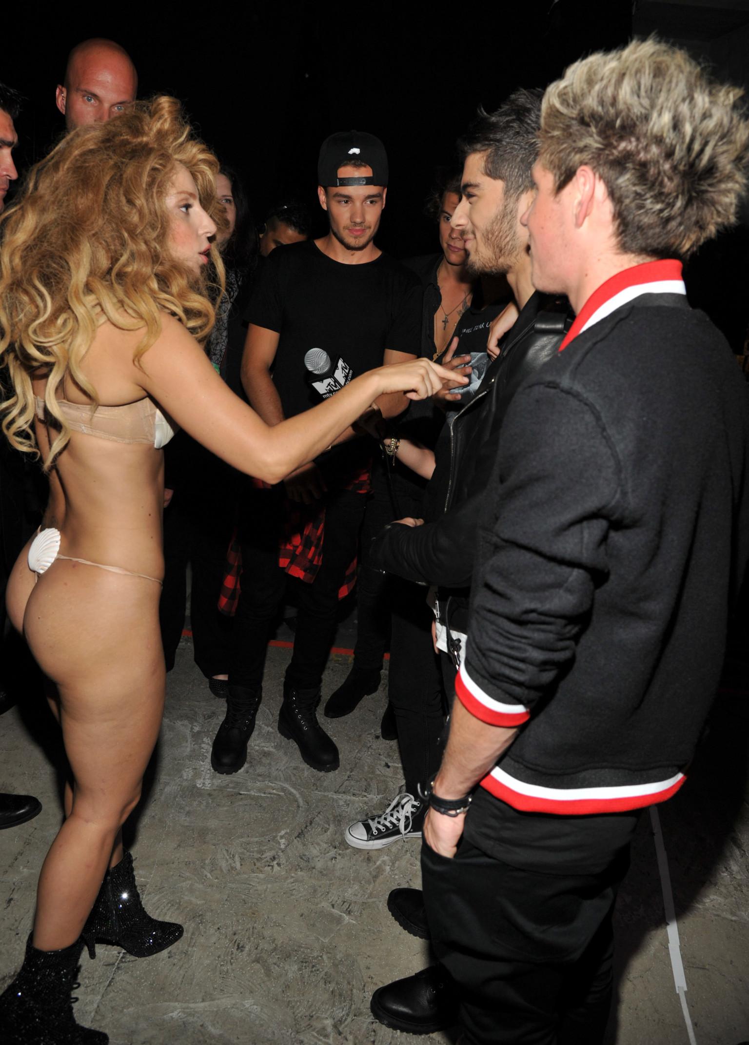 Lady Gaga Seashell Bikini