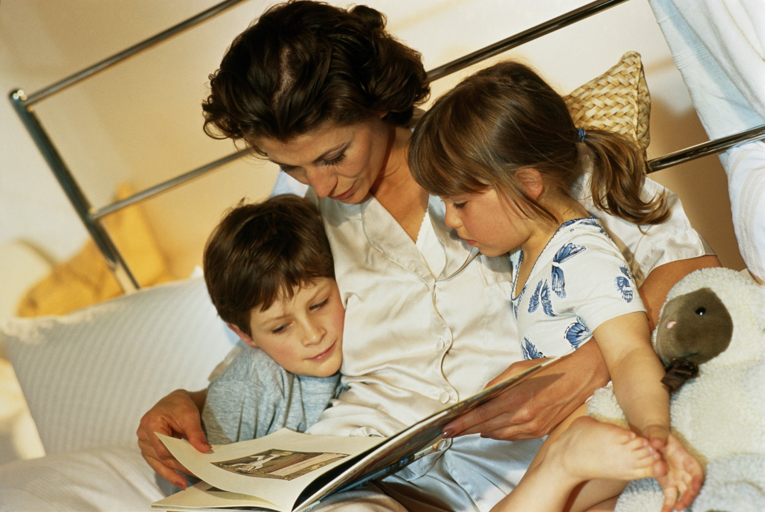 kids bedtime story storytelling can help your children sleep better and 11881