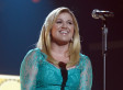 Kelly Clarkson Reviews The MTV VMAs: '#pitchystrippers'