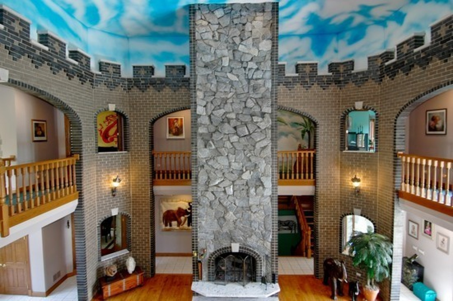 Marengo castle northern illinois fortress for sale comes for Small houses that look like castles