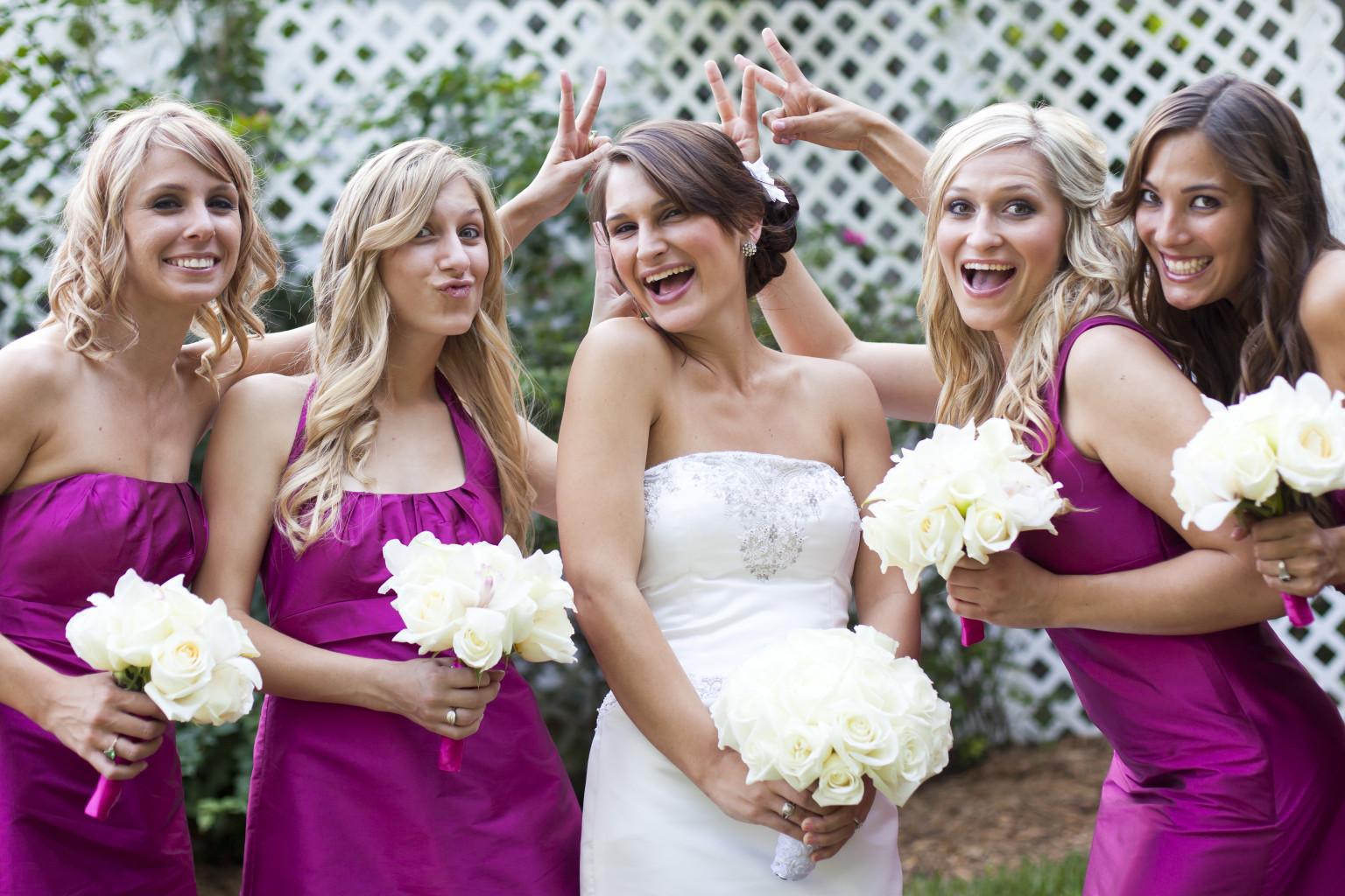 Women wearing wedding diapers - Women Wearing Wedding Diapers 3