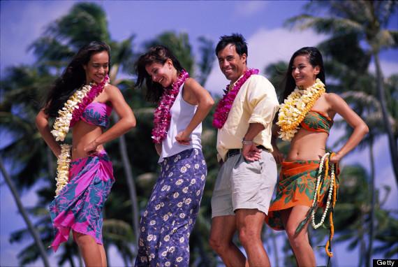 tourist hawaiian dancing
