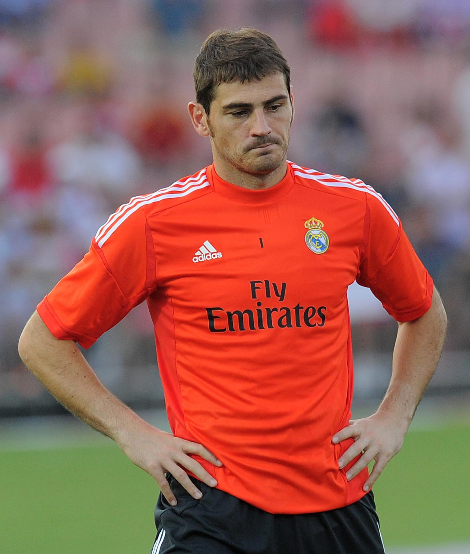 Iker Casillas es suple...
