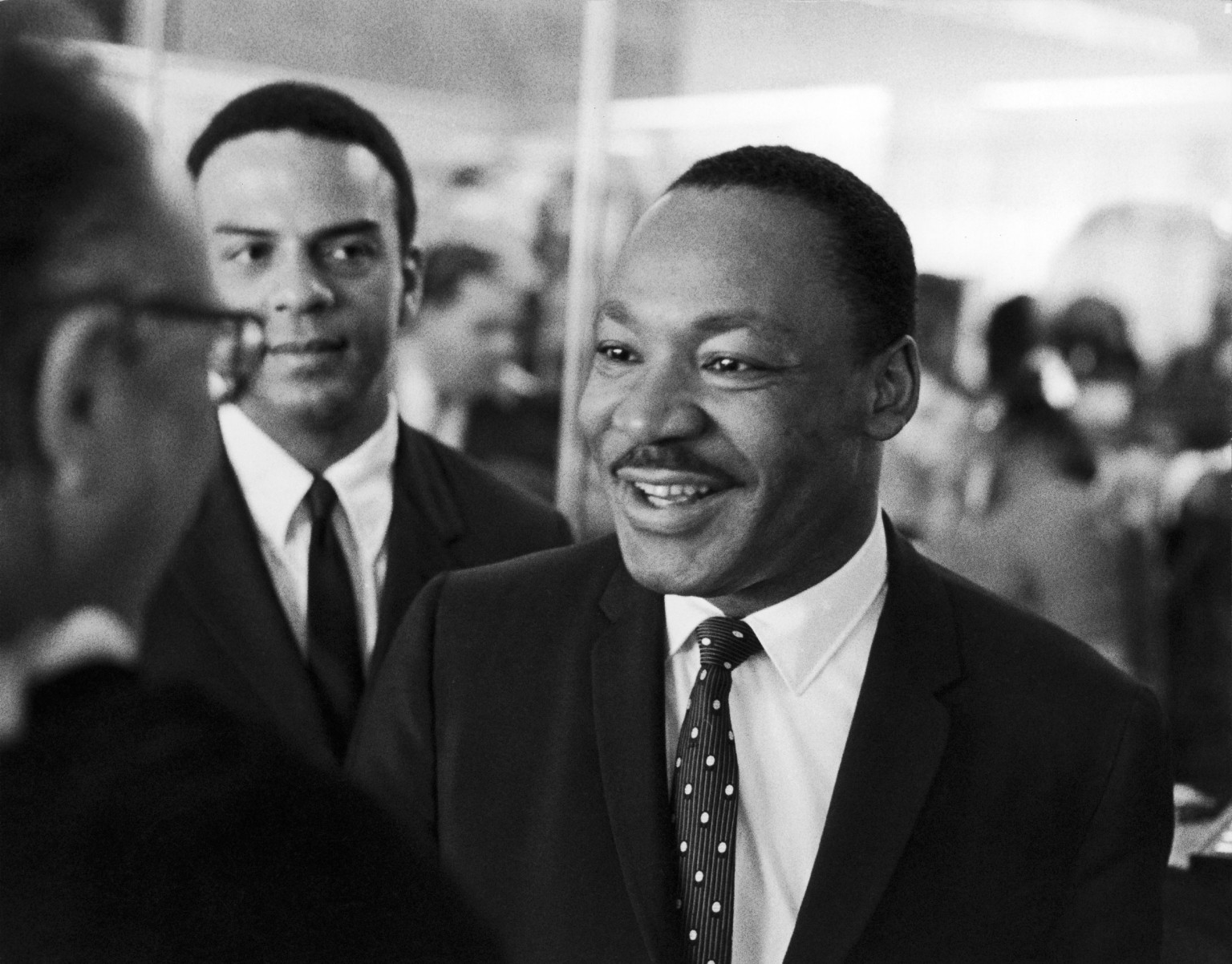 3 essay jrs king life luther martin paragraph Need essay sample on benjamin franklin and martin luther king life, born on january 17 related essays: martin luther king jr.