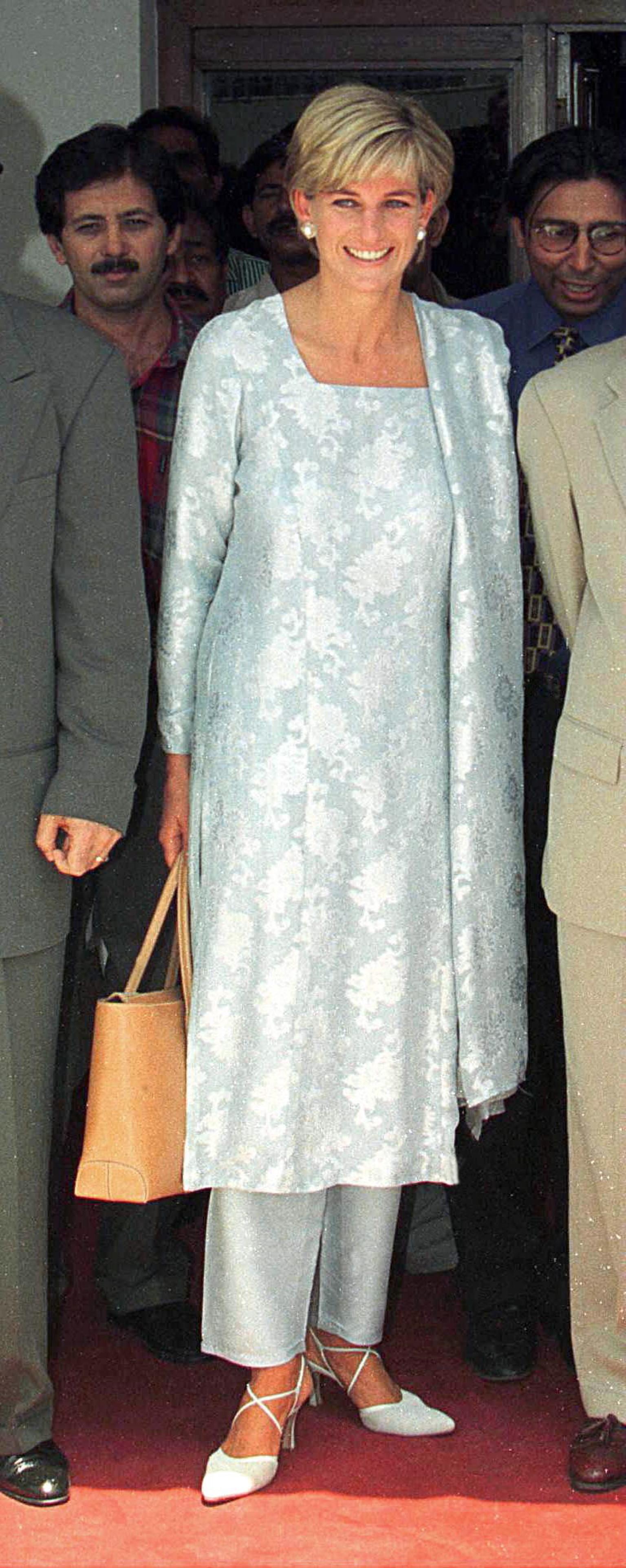 Princess Diana S Tod S Bag To Make Cameo In Upcoming