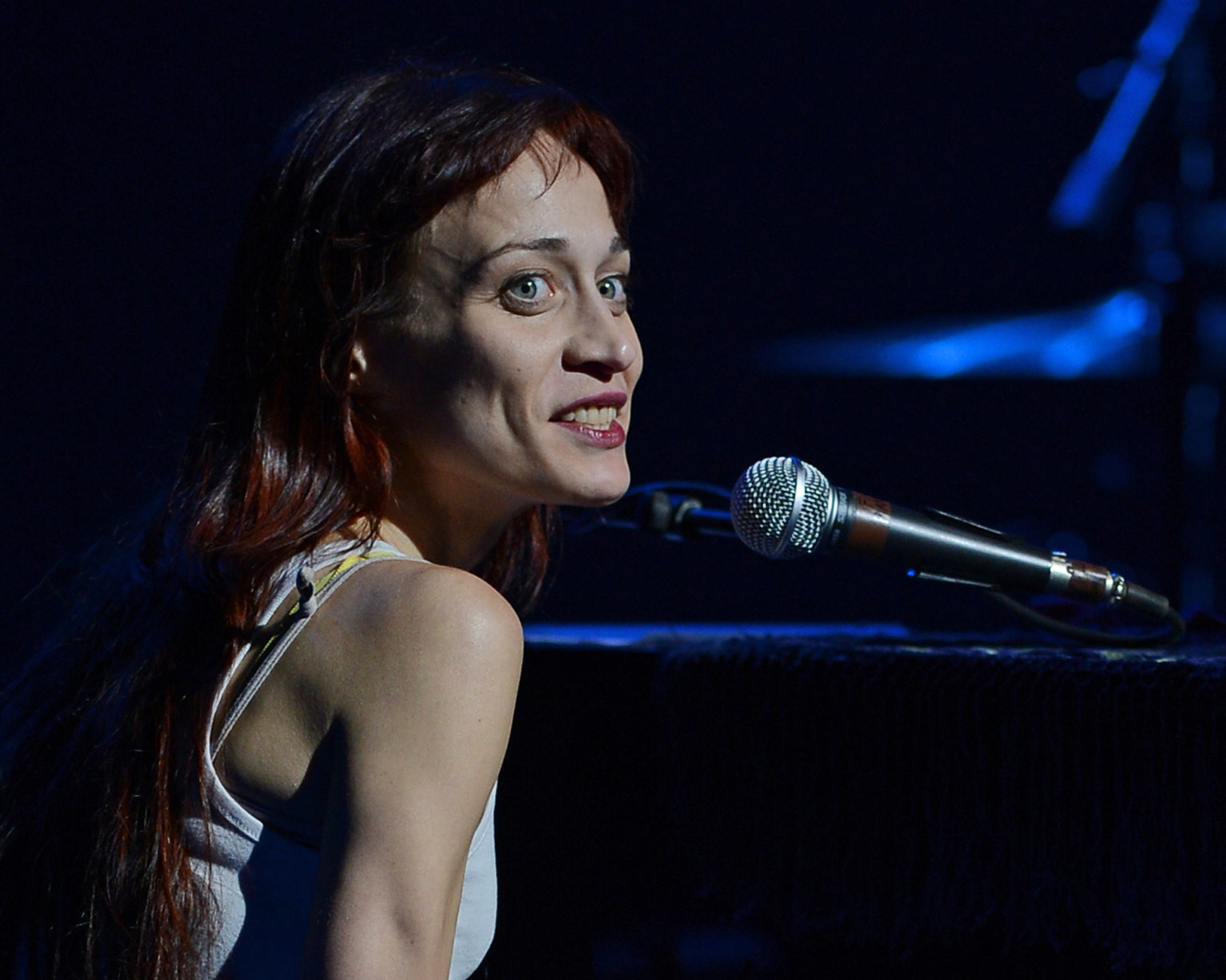 fiona apple container lyrics