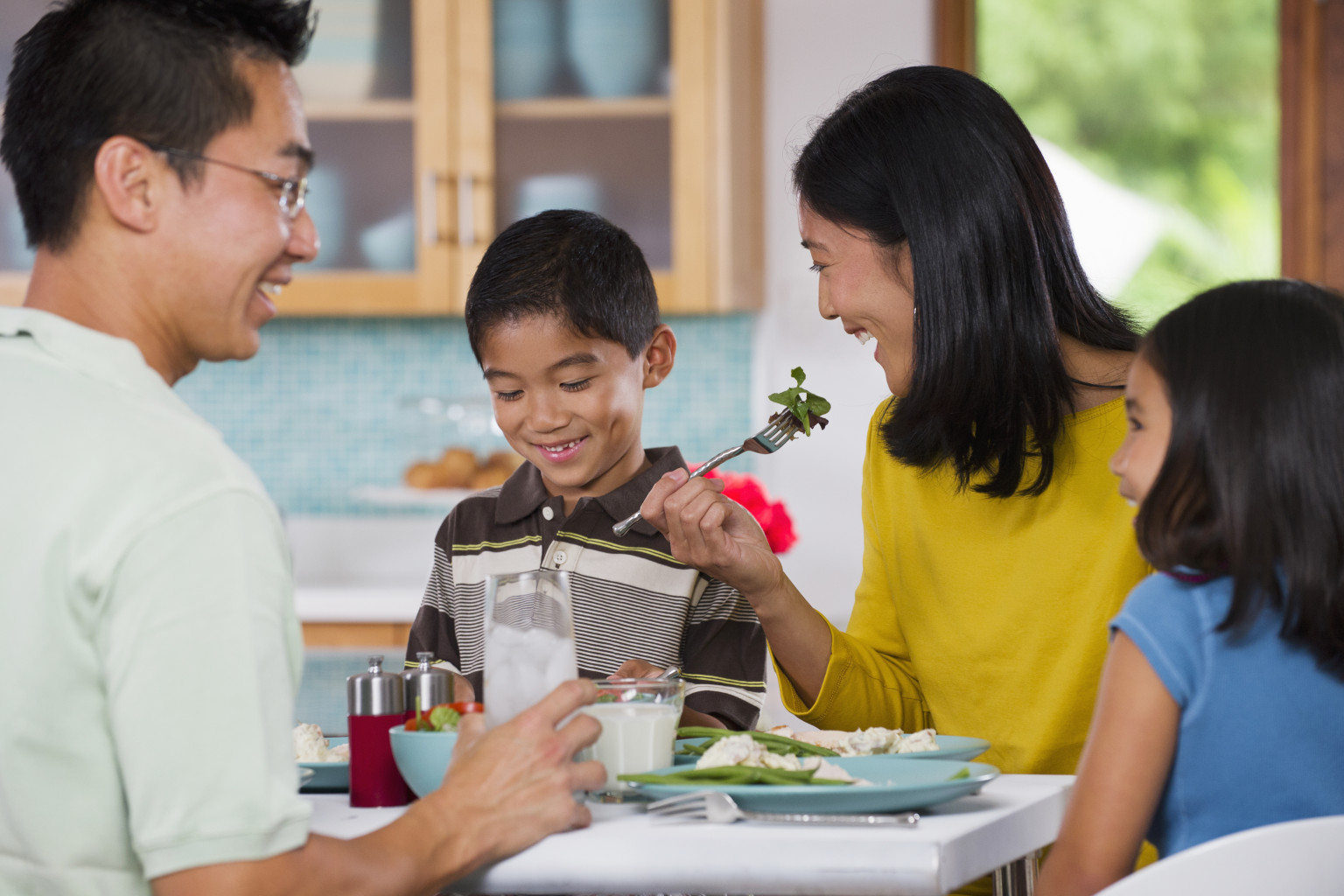 How important are routines for young children huffpost for Family diner