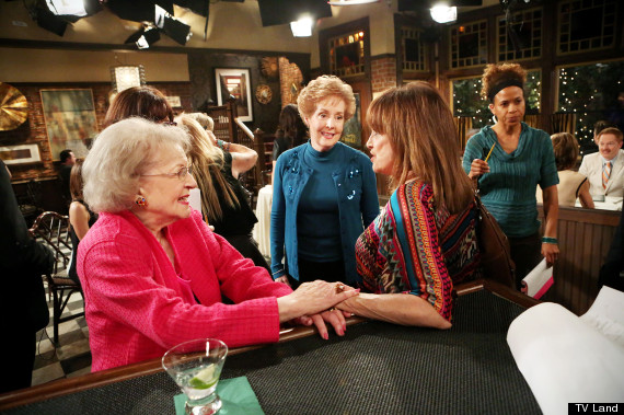 betty white valerie harper
