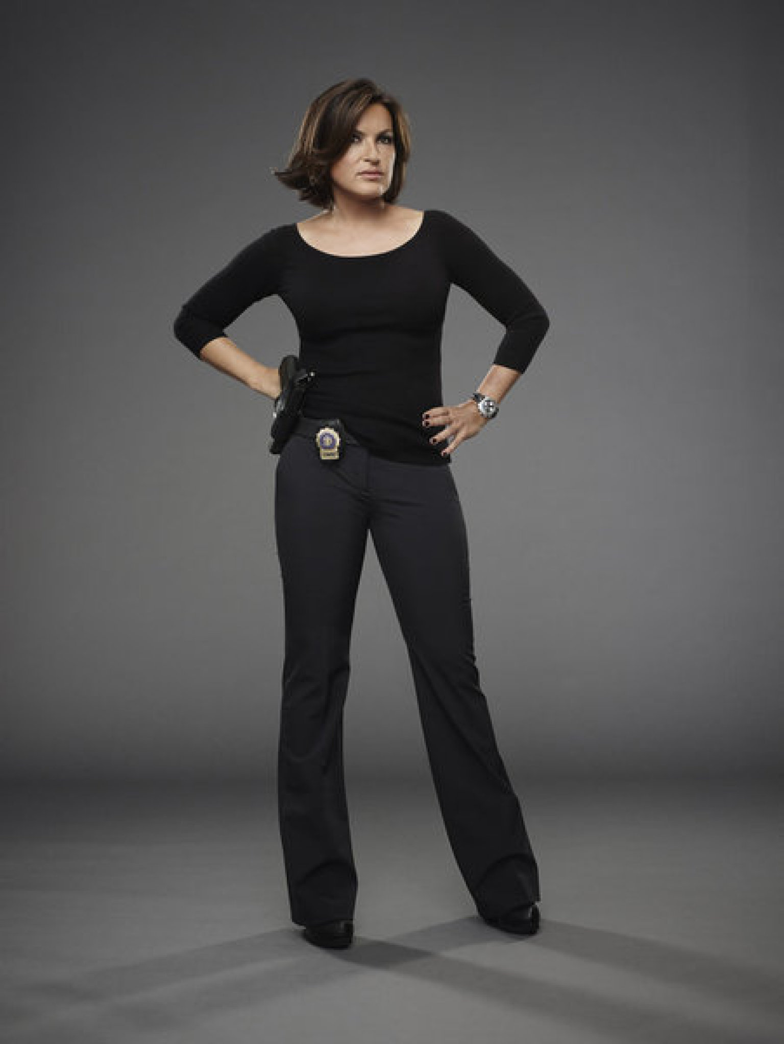 Benson S New Hair Debuts In Law Amp Order Svu Season 15