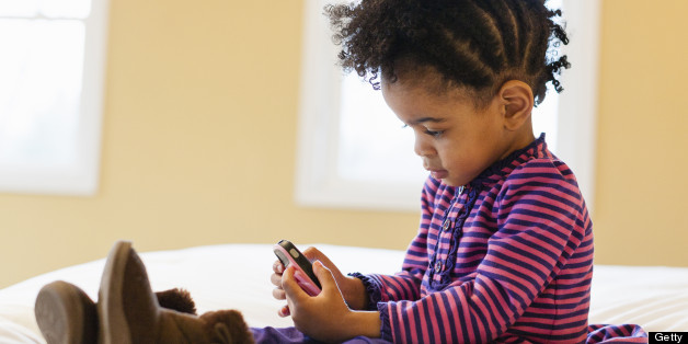 toddler on iphone