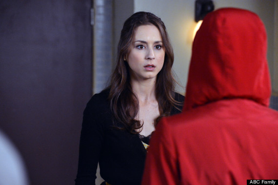 pretty little liars red coat