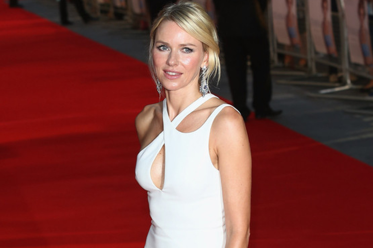 Naomi Watts Channels H... Naomi Watts Facebook