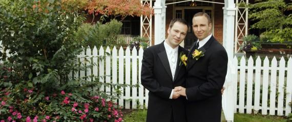 GAY WEDDING KEVIN SWANSON