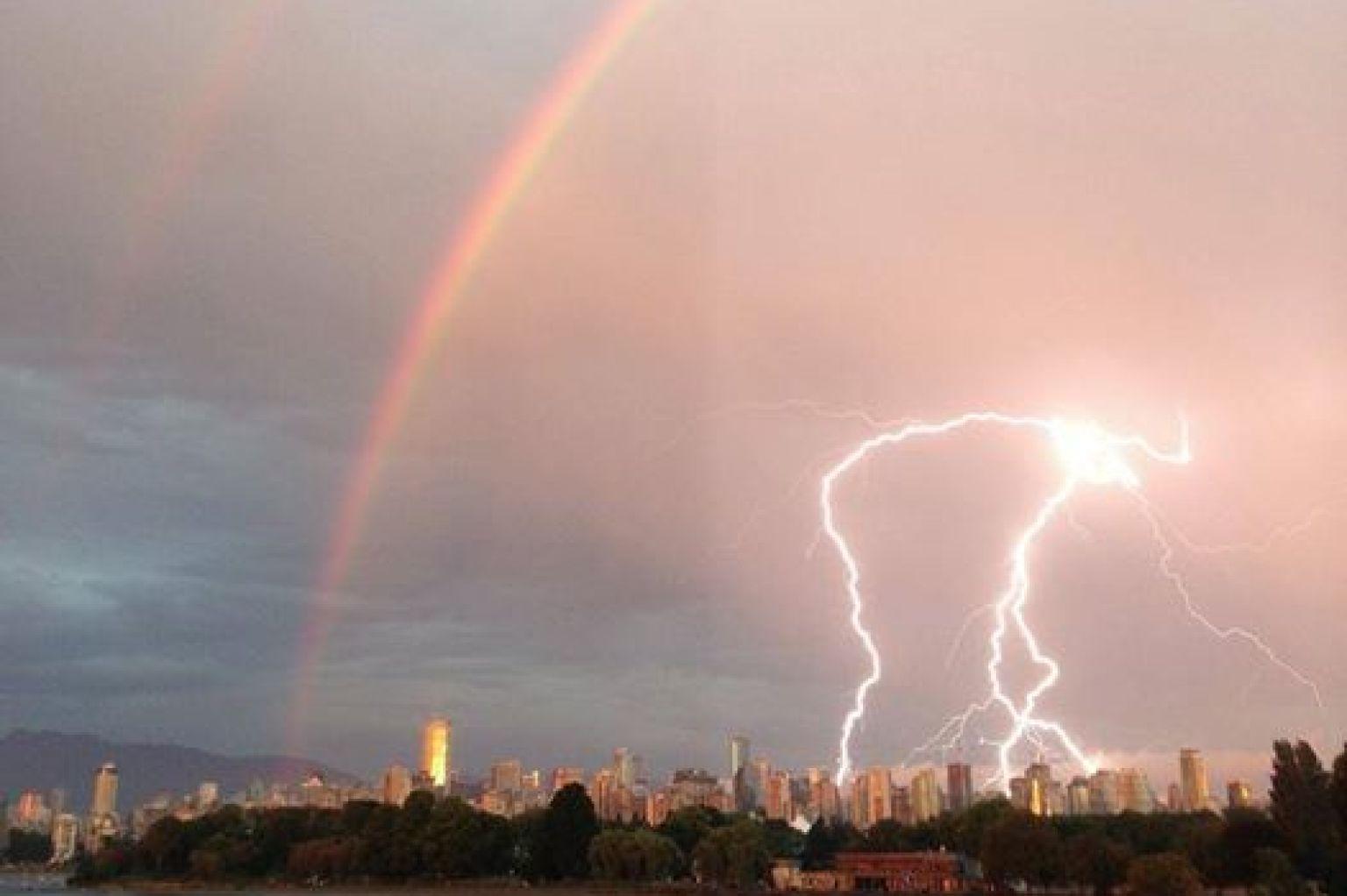 vancouver rain  lightning storm delays flights  cuts power
