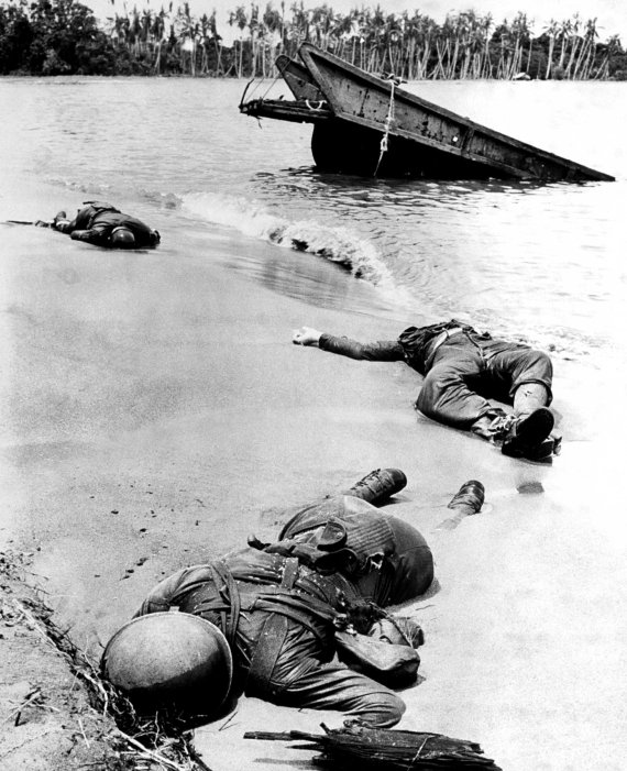 world war ii soldiers dead