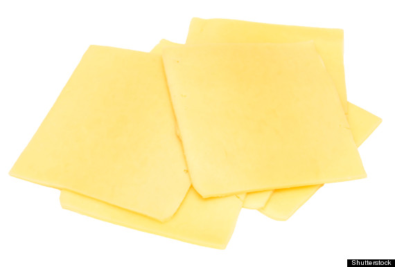 calories in 1 slice of american cheese