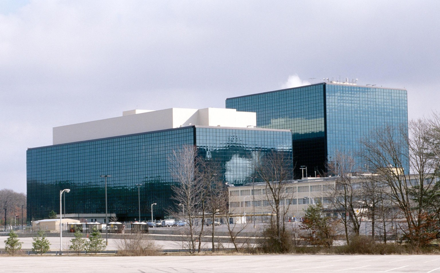 o-NSA-BUILDING-facebook.jpg