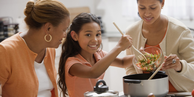 Image Gallery Hispanic Family Cooking