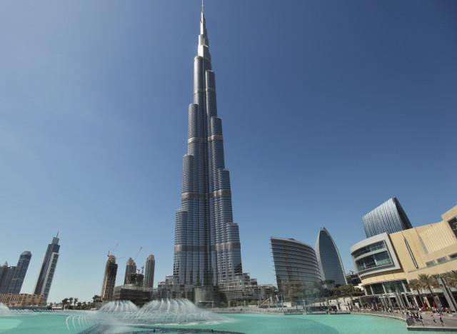 Photos le burj khalifa en t te des b timents les plus inutiles du monde selo - Les plus haut building du monde ...