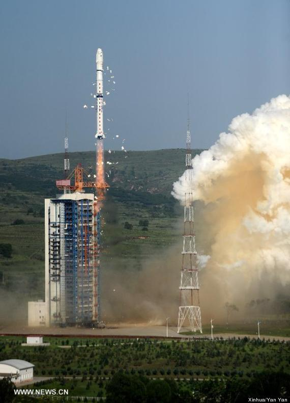 china satellites