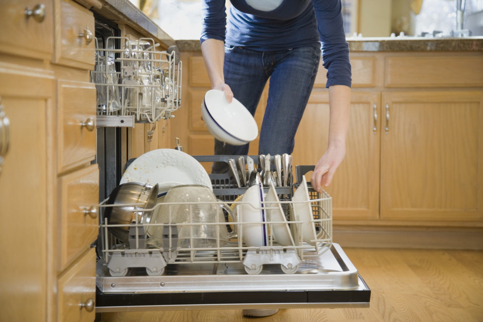 How To Load A Dishwasher Like A Brilliant Genius Video