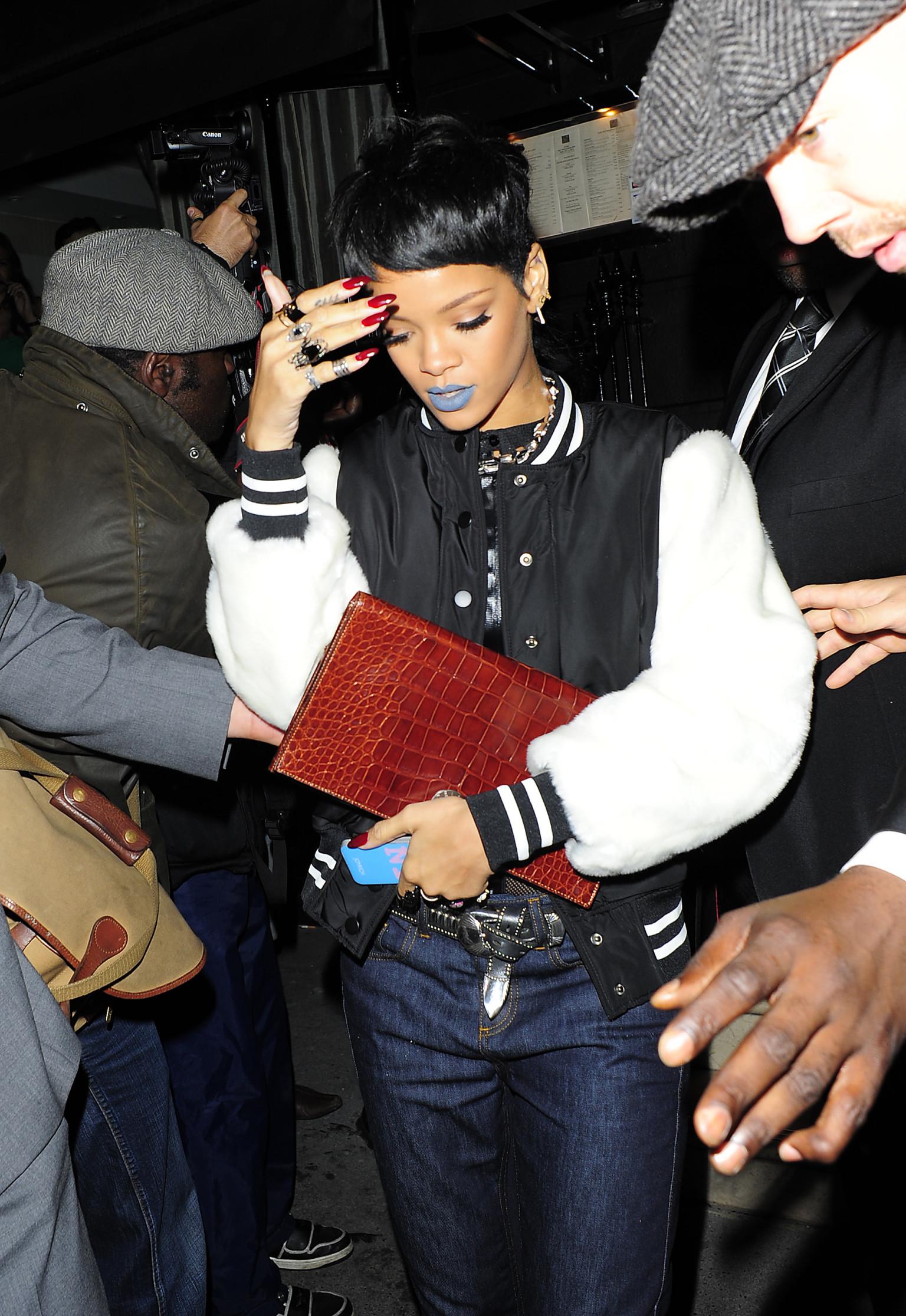 Rihanna Penis 81