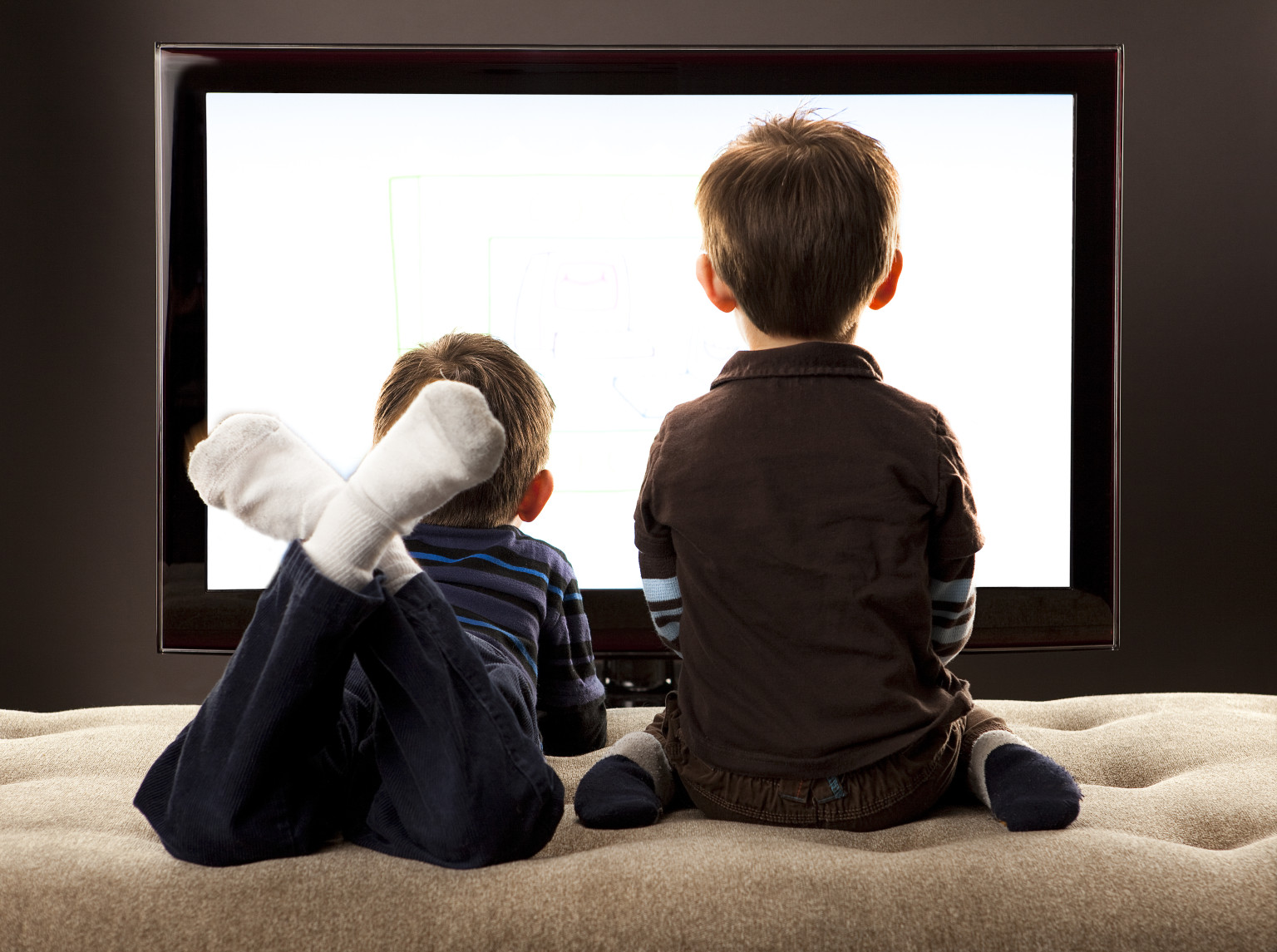 television essay for kids  · parents believe watching television is good for children the majority of parents believe that watching television is good for children, according to a.