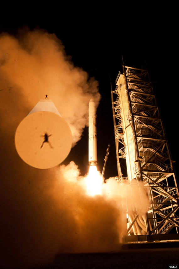 Frog Photobombs NASA LADEE Space Rocket Launch To The Moon (PICTURE ...