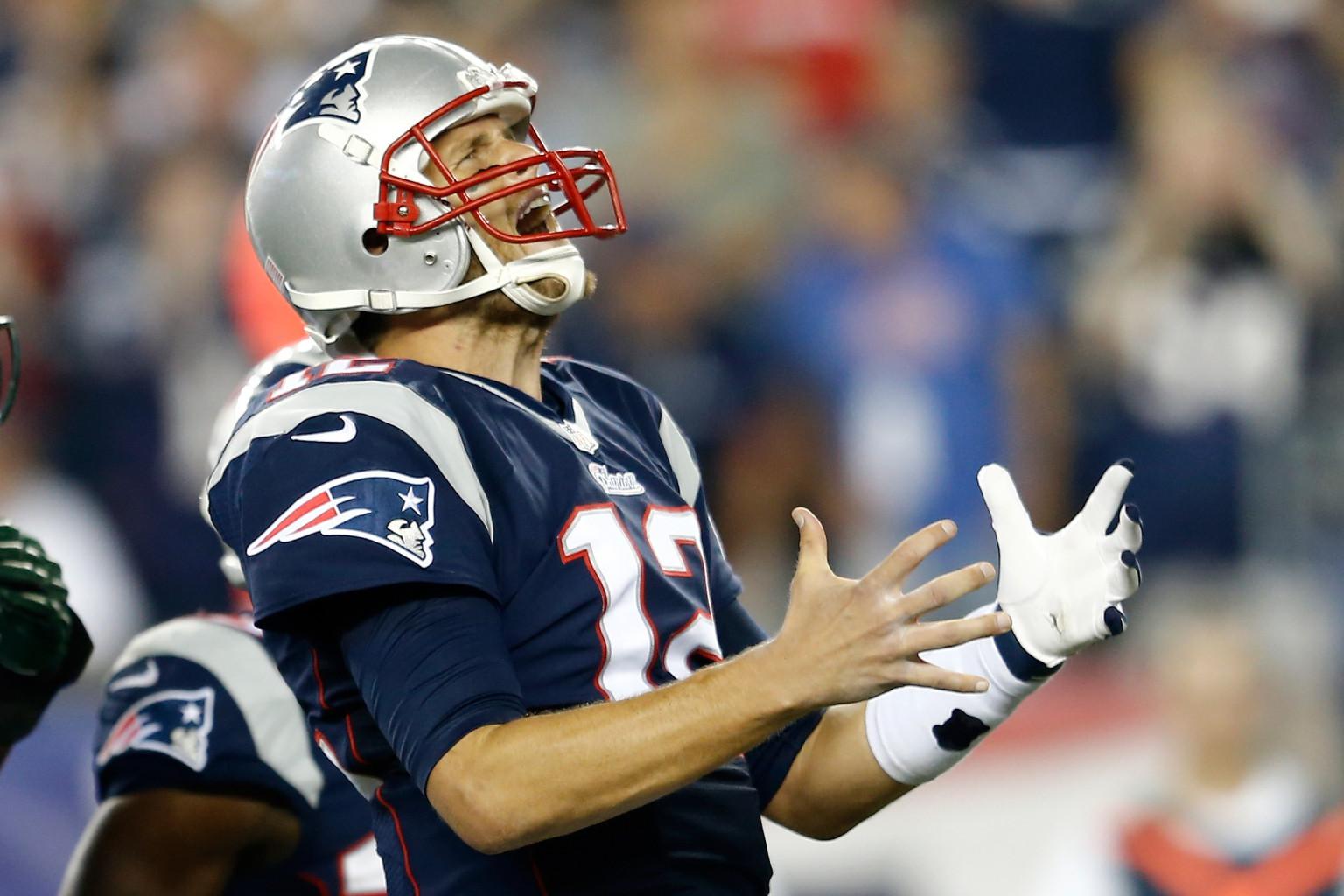 Tom Brady Throws Tantrum Yells As Patriots Wide
