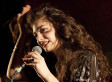 Lorde's 'Team' Marks Sleek Third Single From 'Pure Heroine'