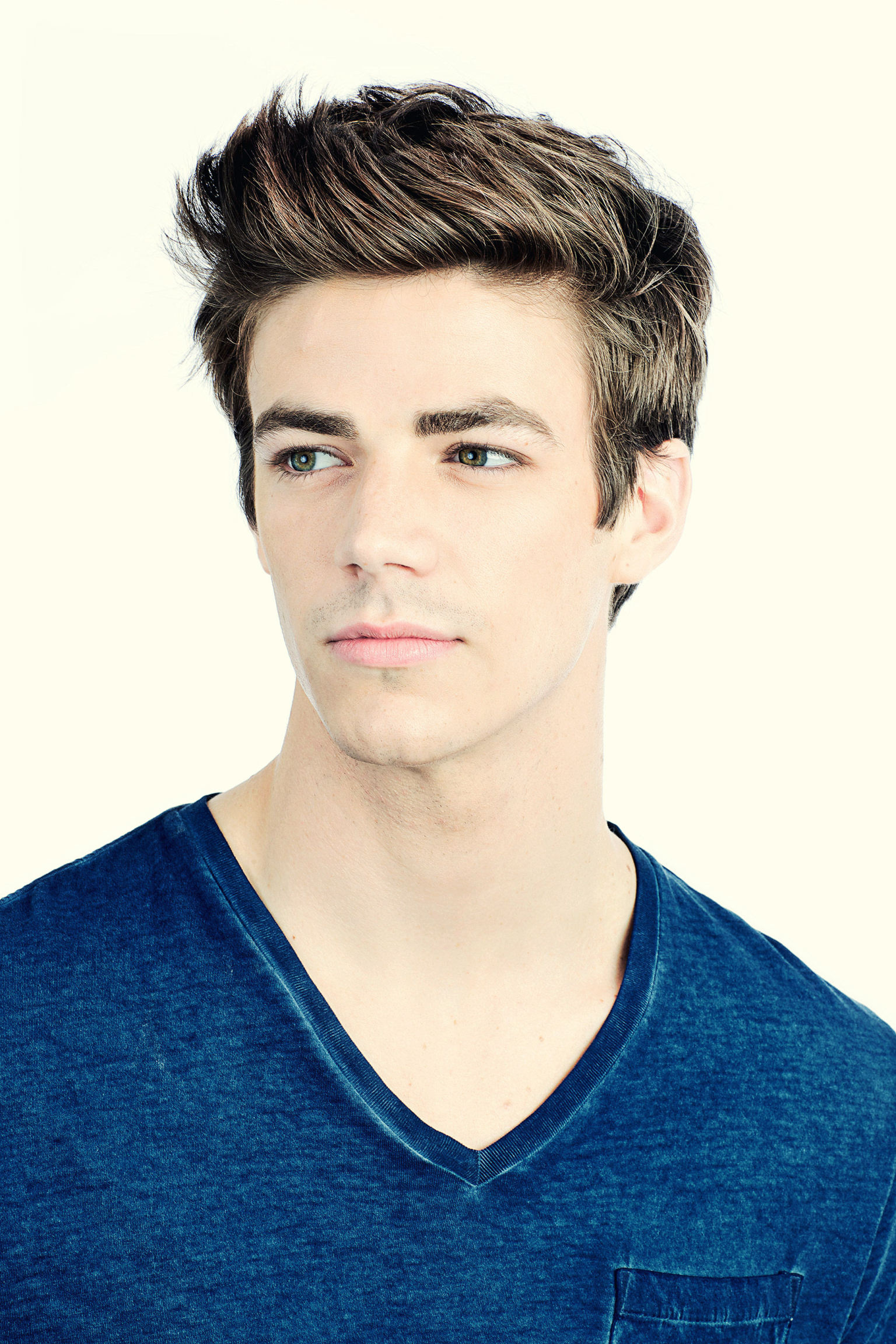 The Flash Grant Gustin Cast As Barry Allen For Arrow