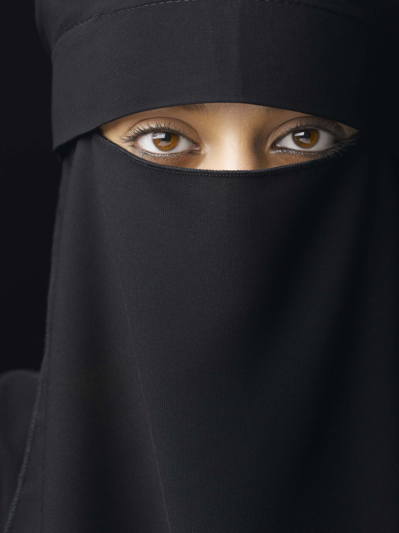 Women > Veiling > What is the Hijab and Why do Women Wear it?