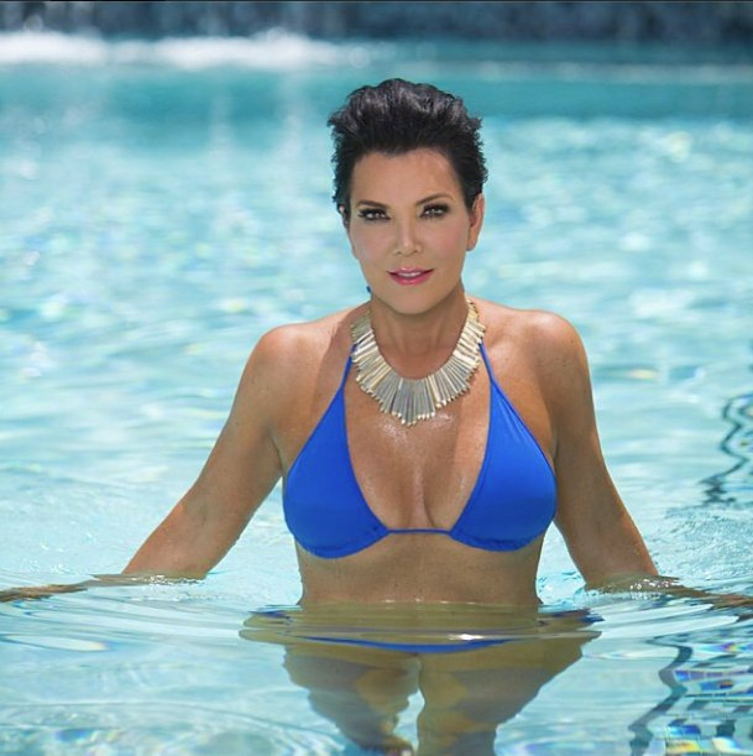 Kendall Jenner, Kris Jenner Reveal Their Bikini Bodies On Instagram