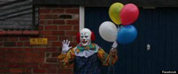 r-CREEPY-ENGLISH-CLOWN-large570.jpg?6