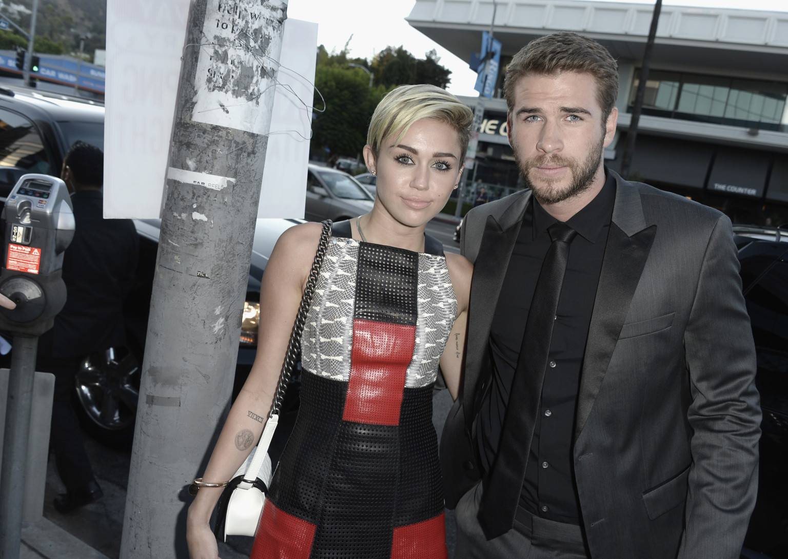 Liam Hemsworth And Miley Cyrus' Last Song: The Complete ...
