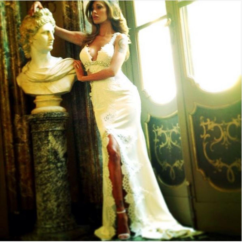 Belen Rodriguez, i particolari dellabito da sposa rivelati dallo ...